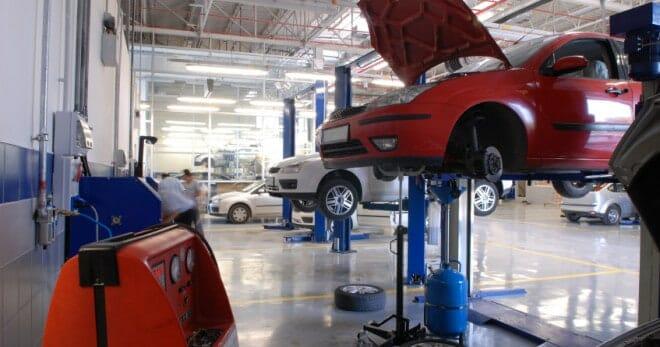 Auto Service Repair Insurance 1